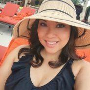 Oh heeeeeyyy!!! Selfie Lounging PoolDay Swimsuit Bikini OOTD SummerFashion TheItDad