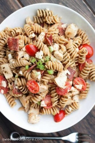 Pesto-Chicken-BLT-Pasta-Salad-6