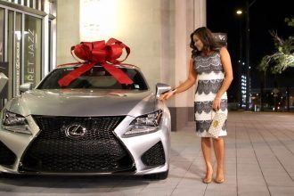 "The ""it"" Mom Daisy Teh Lexus RC"