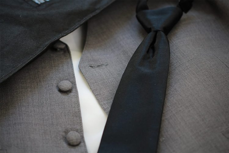 Menguin Blazer Tie