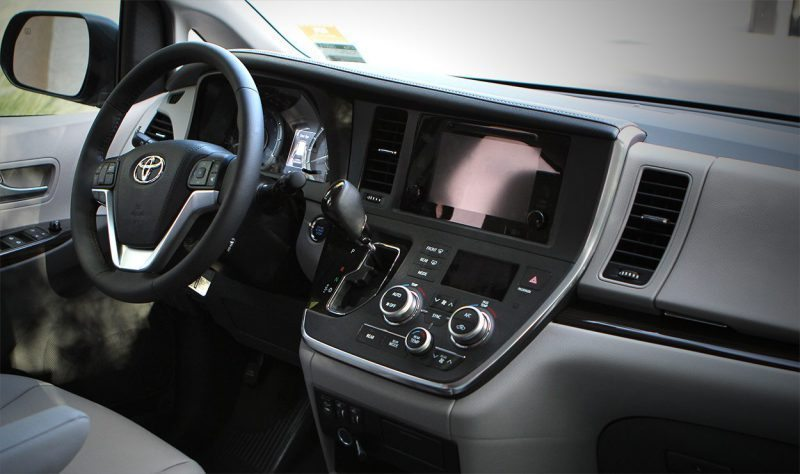 Toyota Sienna Panel