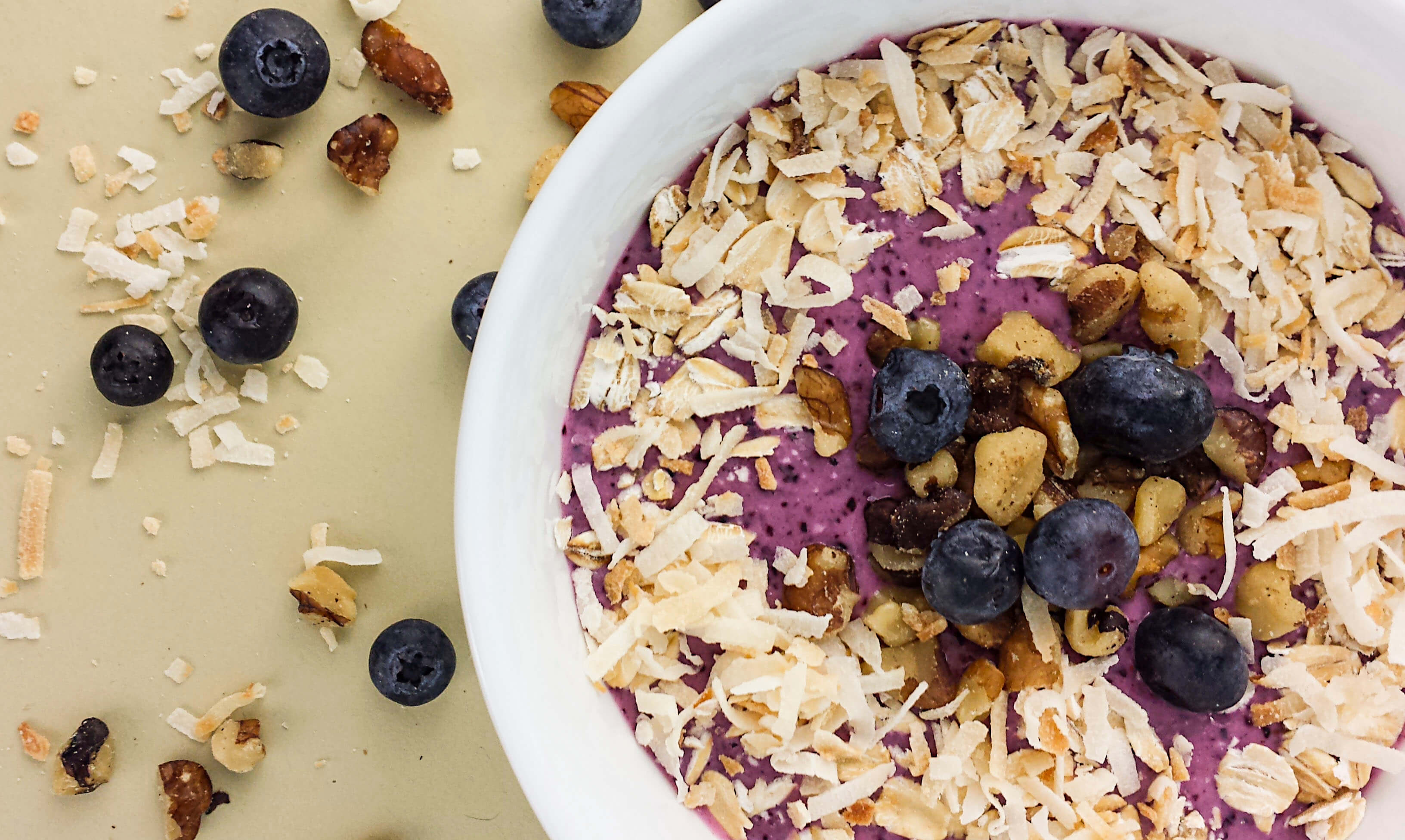 blueberry-oat-coconut-smoothie-bowl-4