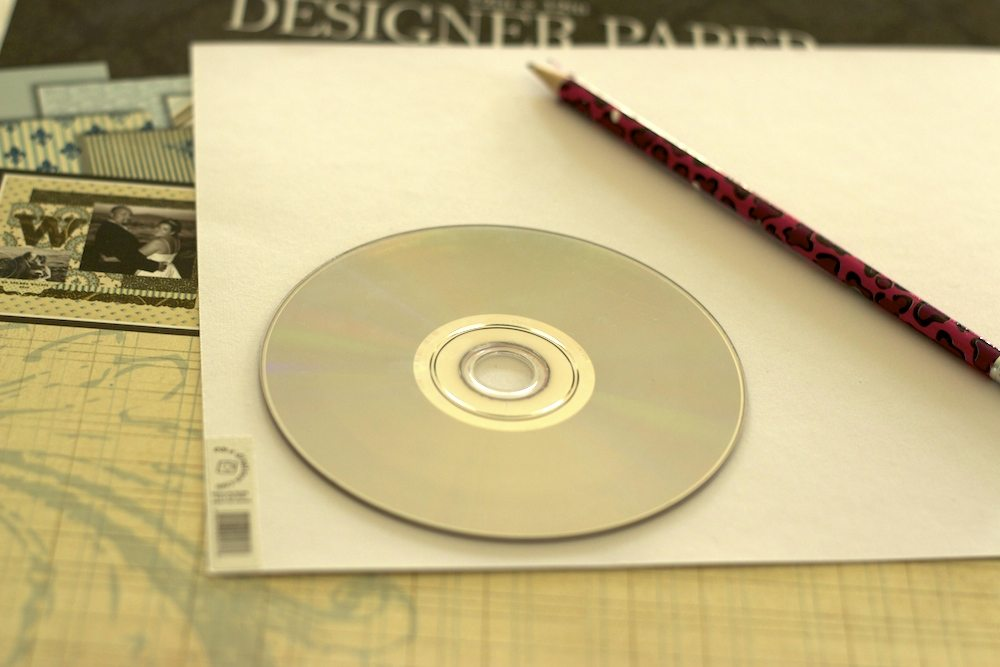 CD Art DIY Home Decor Project