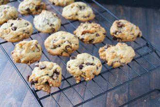 doubletree-chocolate-chip-oatmeal-walnut-cookie-recipe