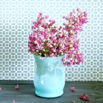 The Easiest One-Step Ombre Vase DIY Tutorial Any Busy Mom Can Do